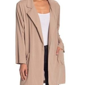 Beige bitch collar long cardigan